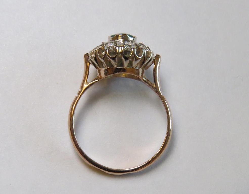 """золотое кольцо 583 пр. """"малинка"""" с изумрудом и бриллиантами"""