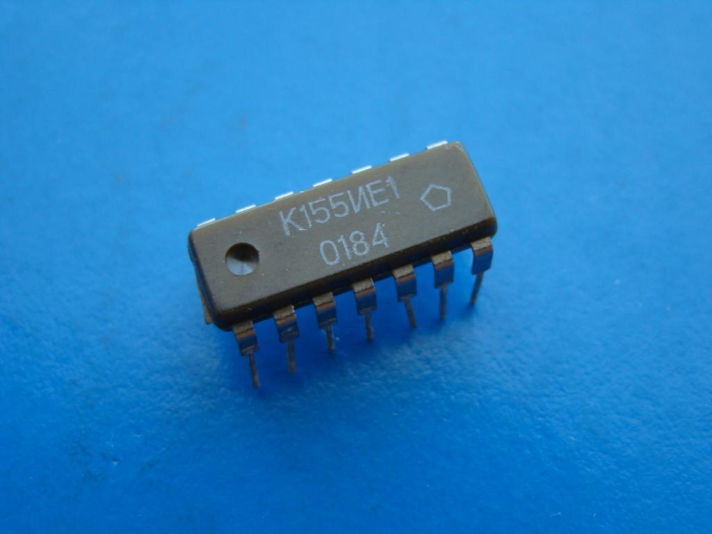 Микросхема К155ИЕ1. Рабочая Б/У.  #Z824