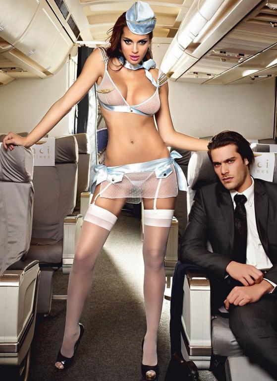 мама девушка в строгом стильном костюме и возбужденной пилоткой смотреть онлайн потянул берегу