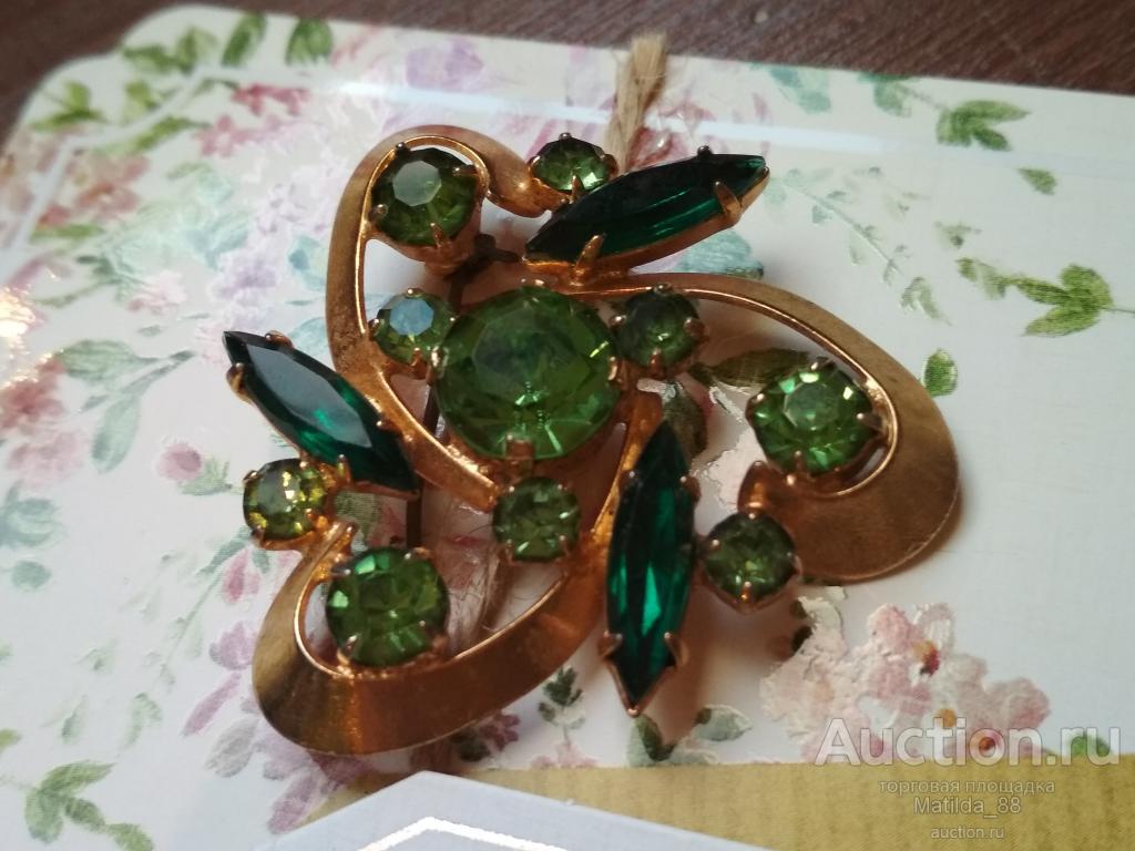 Брошь:  СССР ,  зелёные камни