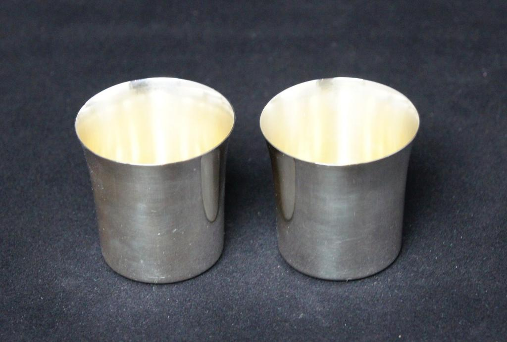 Две стопки. Серебро 830 пр