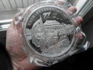 Красивая большая настольная медаль PROOF весом 1 кг в капсуле в коробке. Торг уместен!
