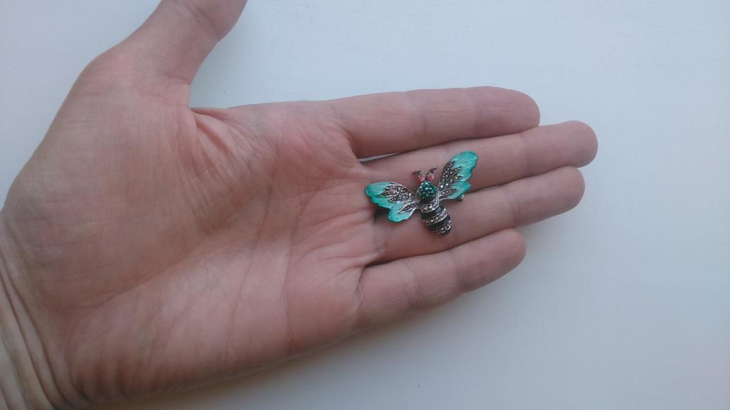 2111/7 брошь Муха пчела шмель мотылек бабочка эмаль бижутерия винтаж США