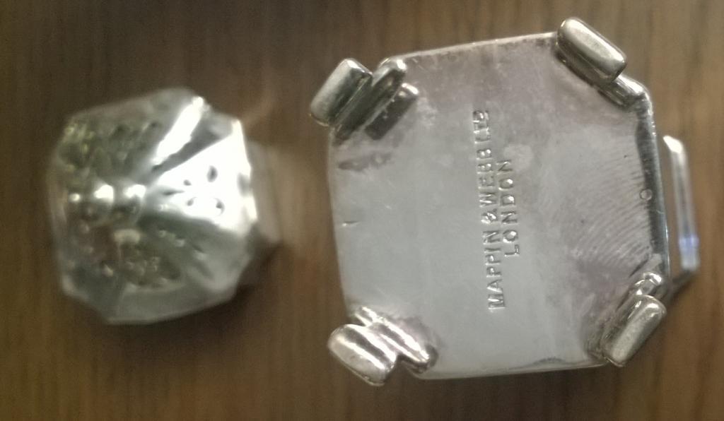 Набор солонка, перечница, горчичница. Серебро 925 проба. Англия. Клейма Mappin & Webb LTD Lo