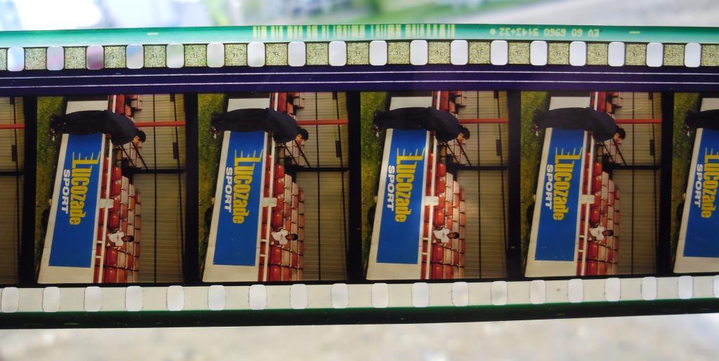 Играй, как Бетхем Фильмокопия 35 мм 6 рулонов в банках в 3 фильмоносках