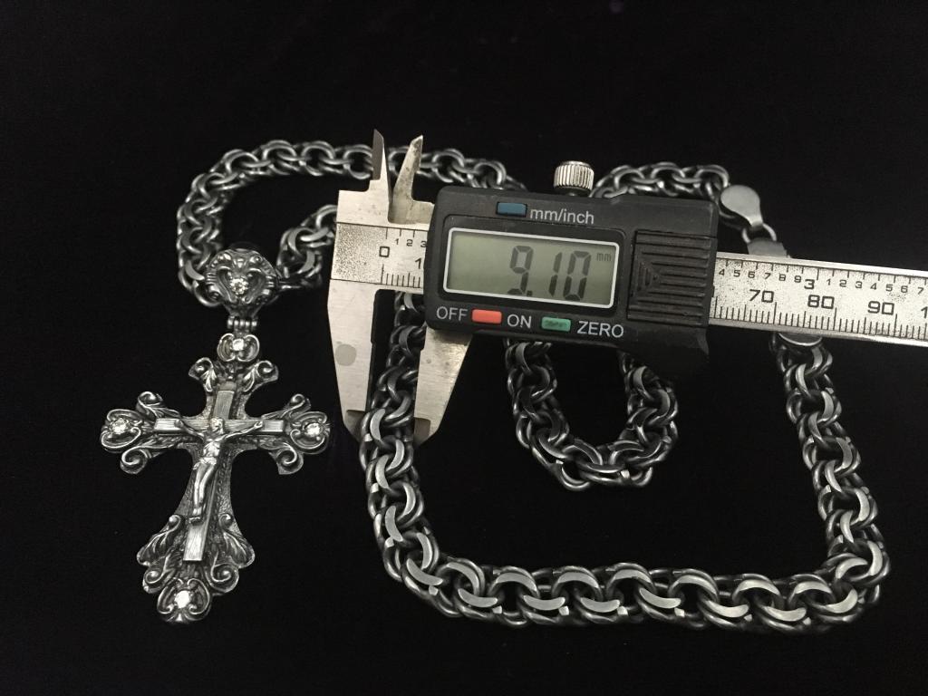 Серебрянный крест на цепи бисмарк вес 124.7 гр.
