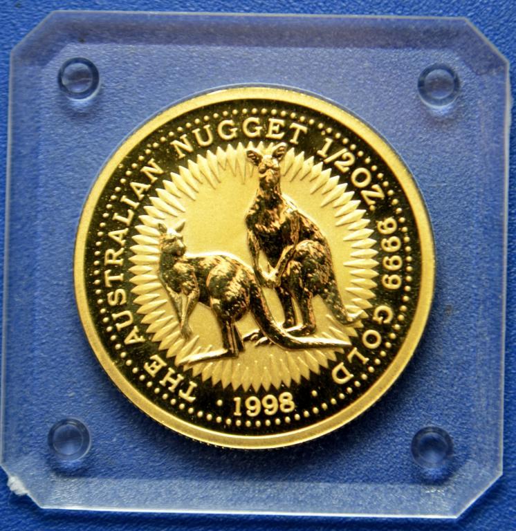 50 долларов 1998 год. Кенгуру! Золото 999! 1/2 oz. Австралия