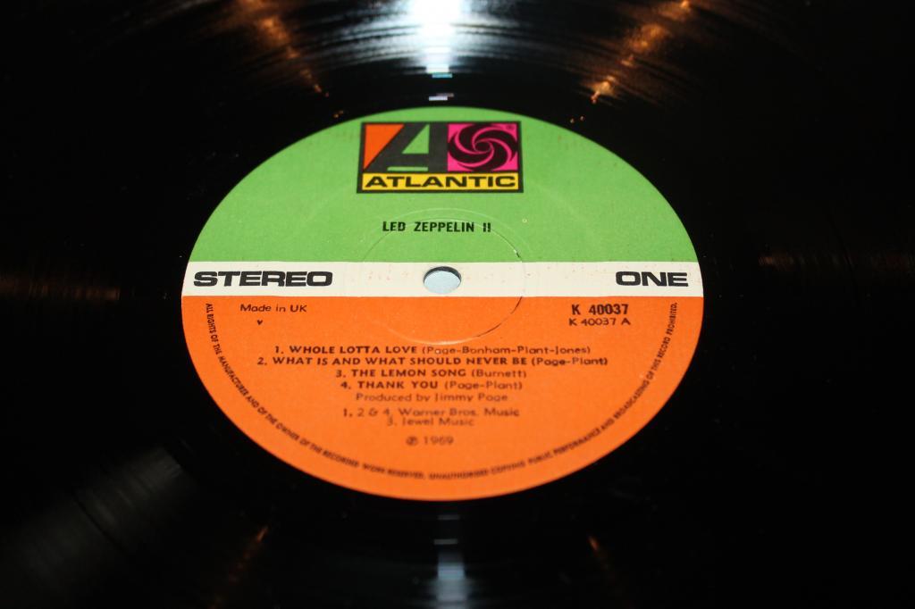 Led Zeppelin -- II  оригинал  UK  LP  NM\NM