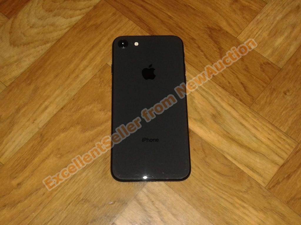  Apple iPhone 8 64GB Space Gray ATT, отличное состояние, комплект