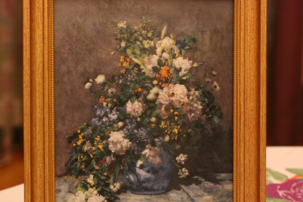 Цветов подарков, ренуар весенний букет описание картины