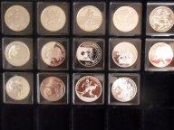 ФУТБОЛ,14 разных серебряных монет к чемпионату мира по футболу в ЮАР 2010 года!