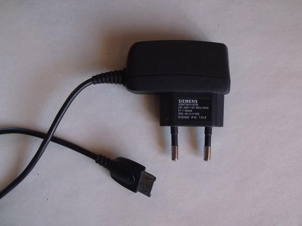 Блок питания для телефона Сименс Siemens 5 V 420 mA зарядное устройство