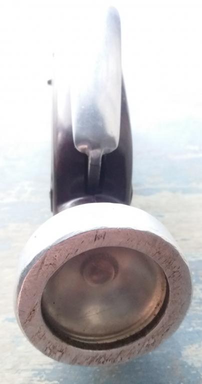 """Ручной фонарик-""""жучок"""", динамомашина, СССР, 1950-е г., коричневый бакелитовый, Заедает."""