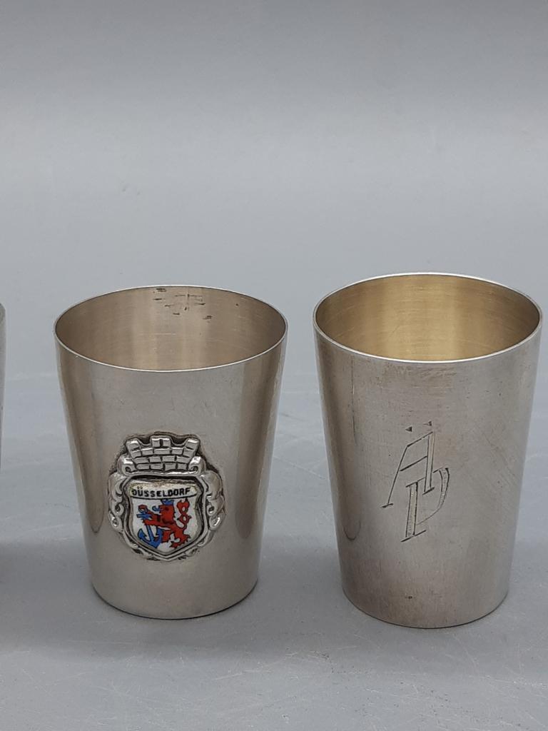 Рюмки рюмка 4 шт Разнобой Серебро позолота 800 Проба + Стерлинг общий вес;67,09 гр высота 5-4,5-4 см