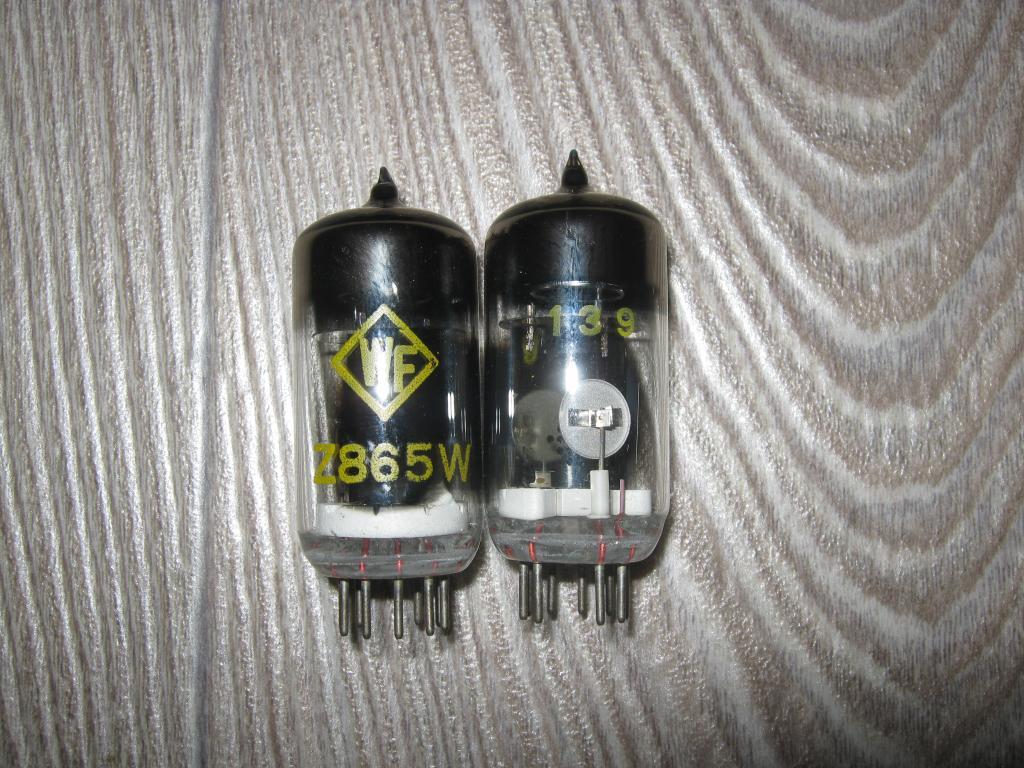 Радиолампы RFT Z865W (тиратрон с холодным катодом)