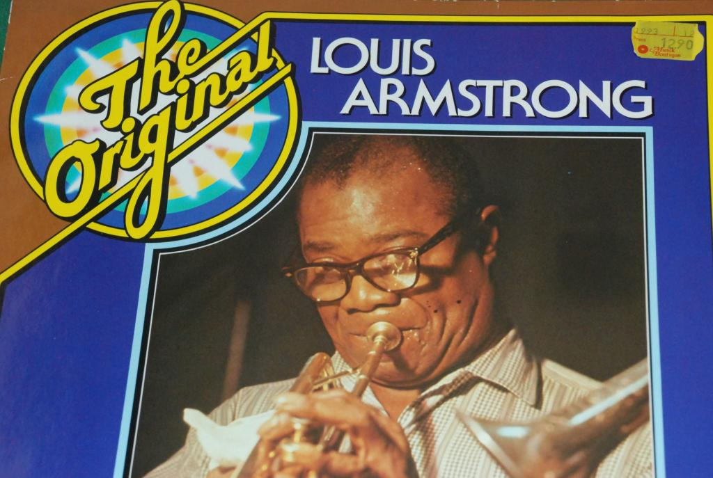 LOUIS ARMSTRONG  – The Original Louis Armstrong  1975  GERMANY *  LP    NEAR MINT