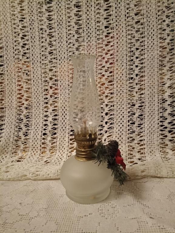 Винтажная керосиновая лампа Европа 20 в