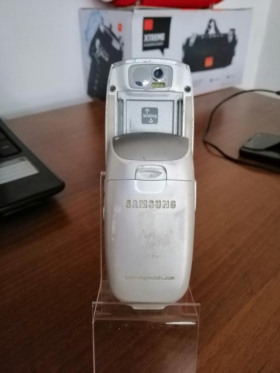 Samsung E800