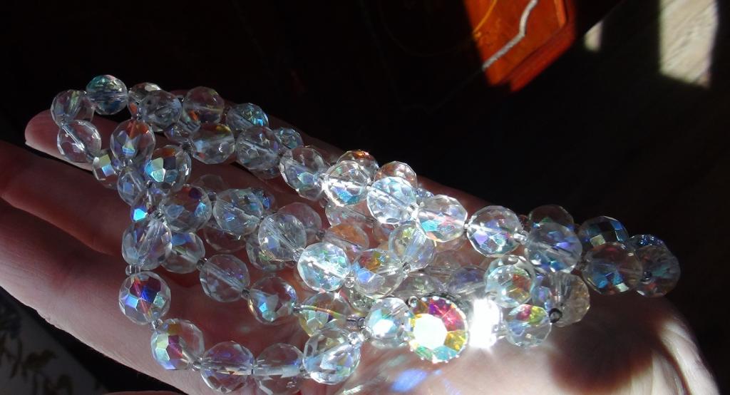 Двухрядное радужное ожерелье. Замочек с большим шатоном. CZ 1950