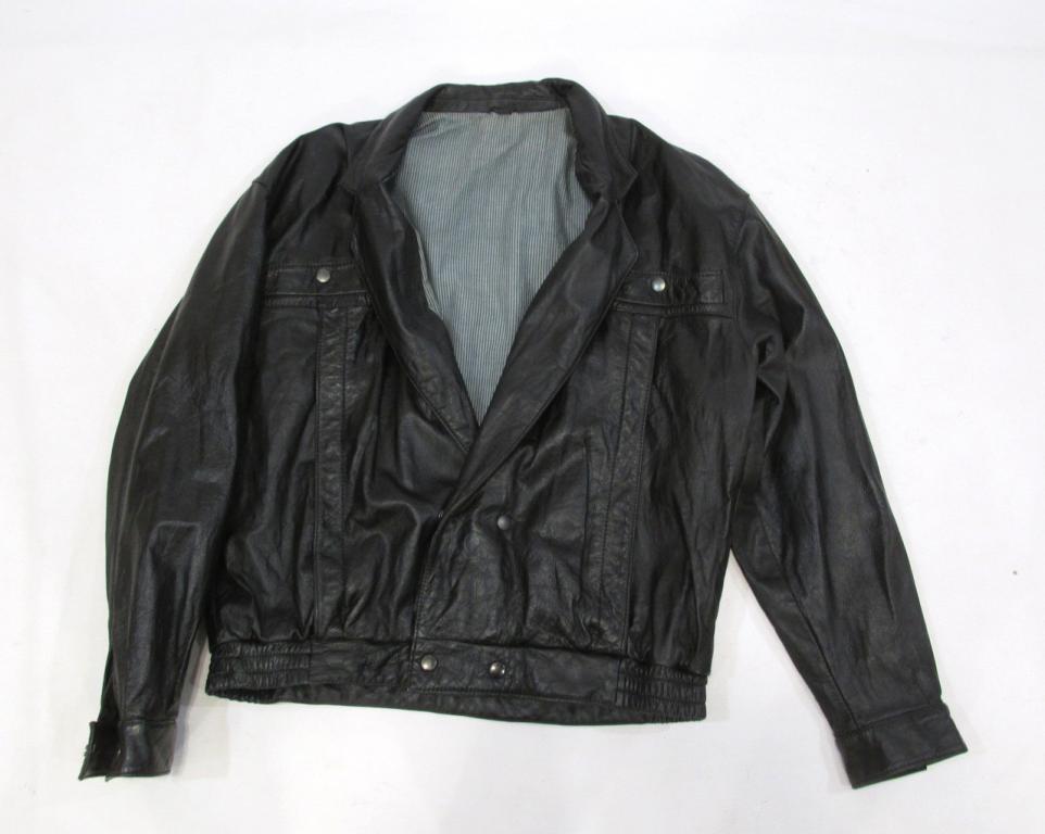 Куртка кожаная черная, 58 (на L, 52), Оч хор сост!