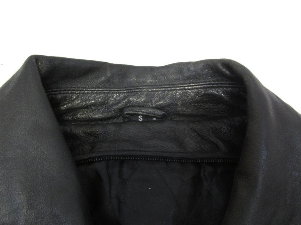 Куртка кожаная S, качественная, без подкладки, Отл сост!