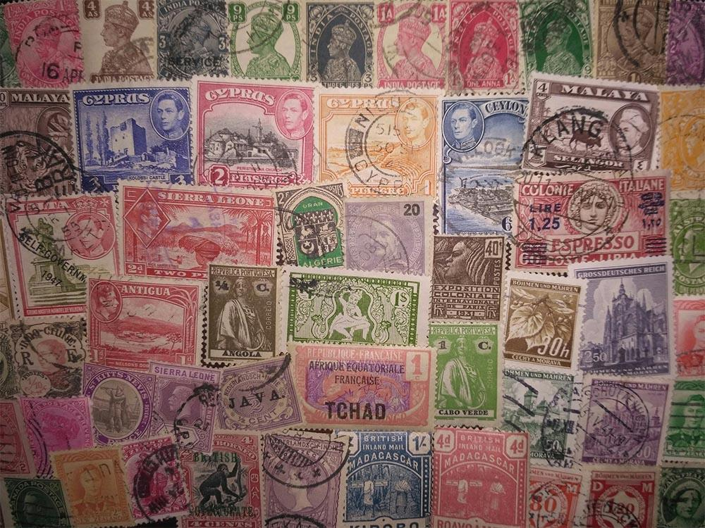 Колонии - коллекция 100 марок без повторов - около 30 стран/территорий