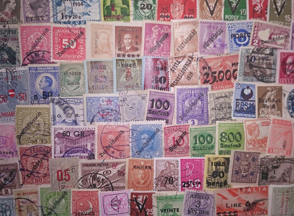 Коллекция около 100 разных по типу марок разных стран с надпечатками