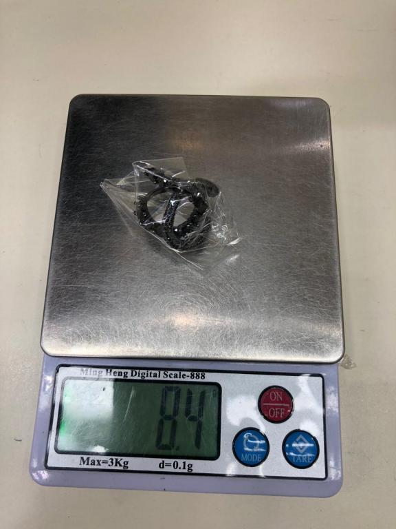 Серебряное кольцо. 925-я проба.Вес-8,4 гр.