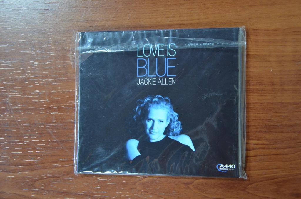 Jackie Allen | Love Is Blue | CD