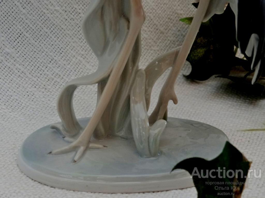 """Немецкая фарфоровая статуэтка """"Цапля"""" Metzlerortloff. Германия."""