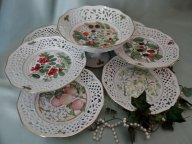 Набор посуды:ваза на ножке и 6 тарелок. Schumann. Германия.