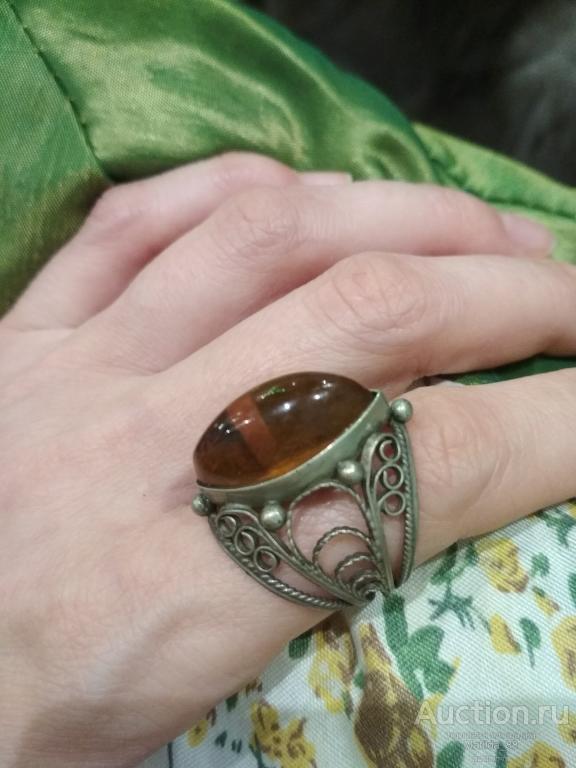 Кольцо мельхиор с янтарем 20 р-р перстень