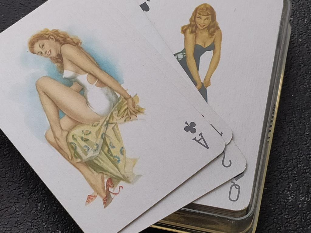 Играл карты ню что такое онлайн покер