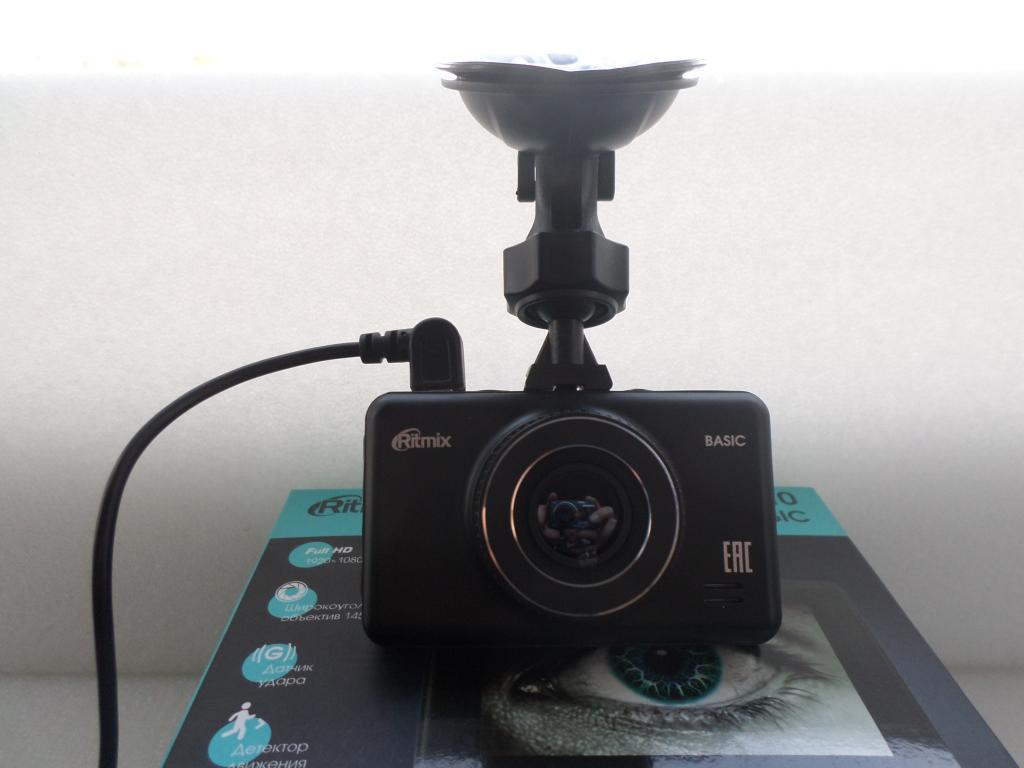 Ritmix AVR-610 Видеорегистратор.