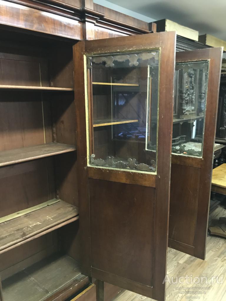 Антикварный книжный шкаф ампир
