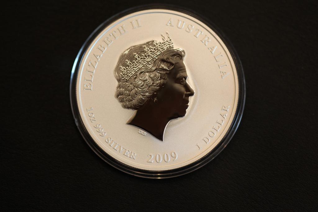 """Серебряная монета 1 доллар 2009 г. """"Лунар - Год Быка"""", Цветная, 1oz Ag999, С РУБЛЯ!"""