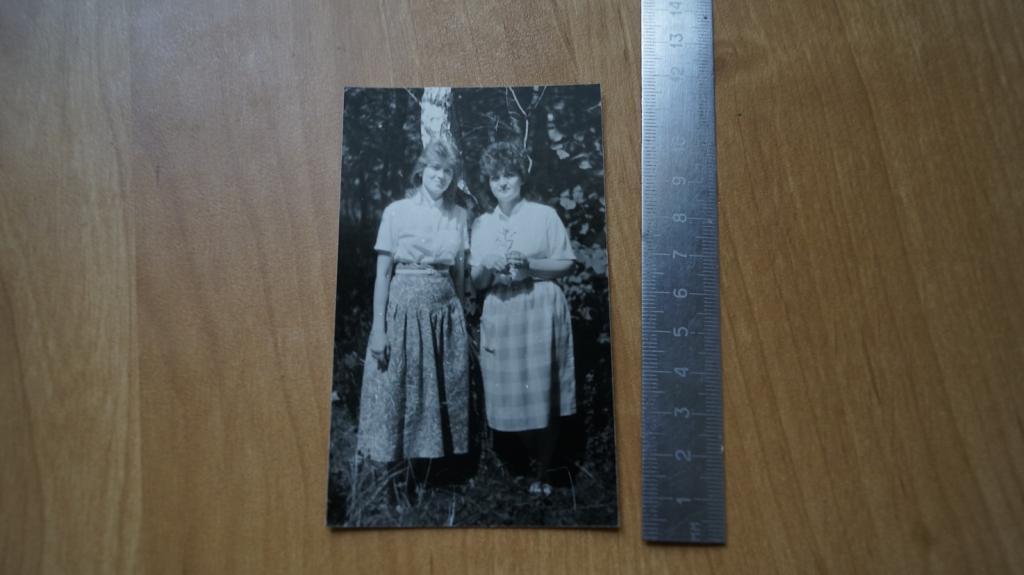 №534 Ретро фото СССР девушки на природе на отдыхе лес деревня