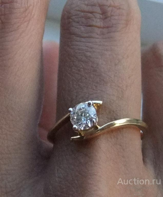 Кольцо 585 пробы с бриллиантом 0,47kr, новое
