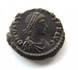 1/2 центенионалиса.имп.Гай Ви́бий Валузиан 251-253.Древний Рим. отличный прочнеан.  не частый.