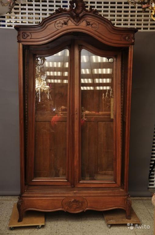 Книжный Двухстворчатый шкаф. Массив ореха. 19 век