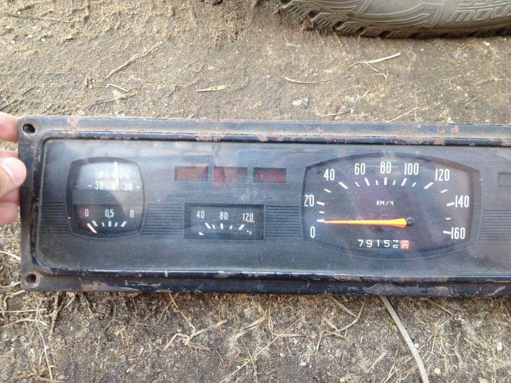 ГАЗ 24 Волга панель приборов спидометр часы СССР оригинал