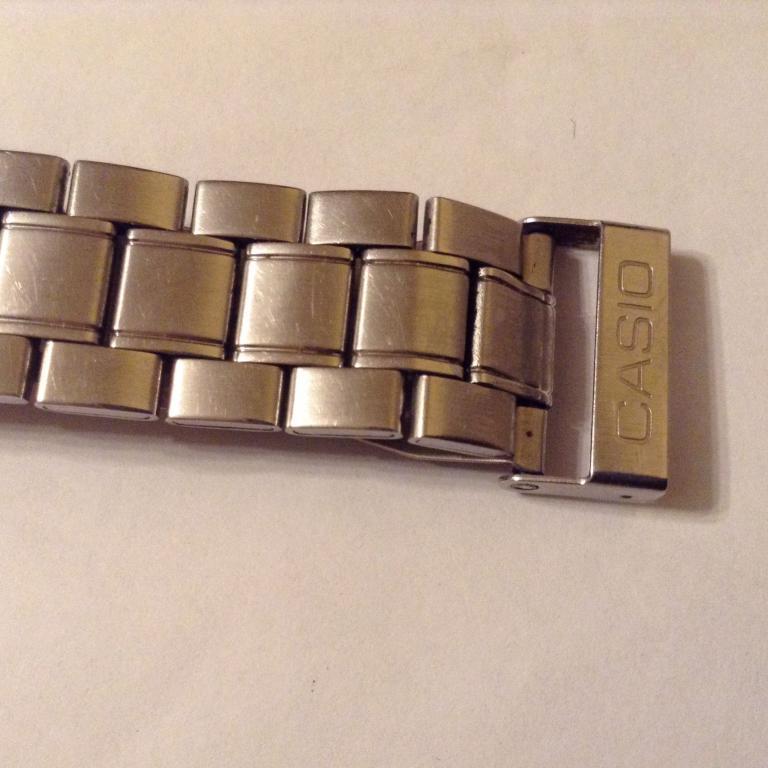 Часы мужские наручные CASIO кварц.