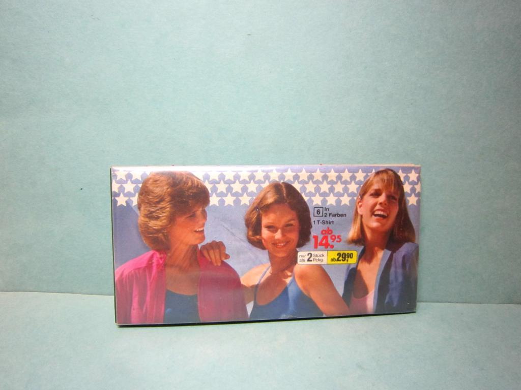Редкий Портмоне Кошелек с Девушками из каталога одежды OTTO ГДР 1980 Германия СССР кооператив? цена