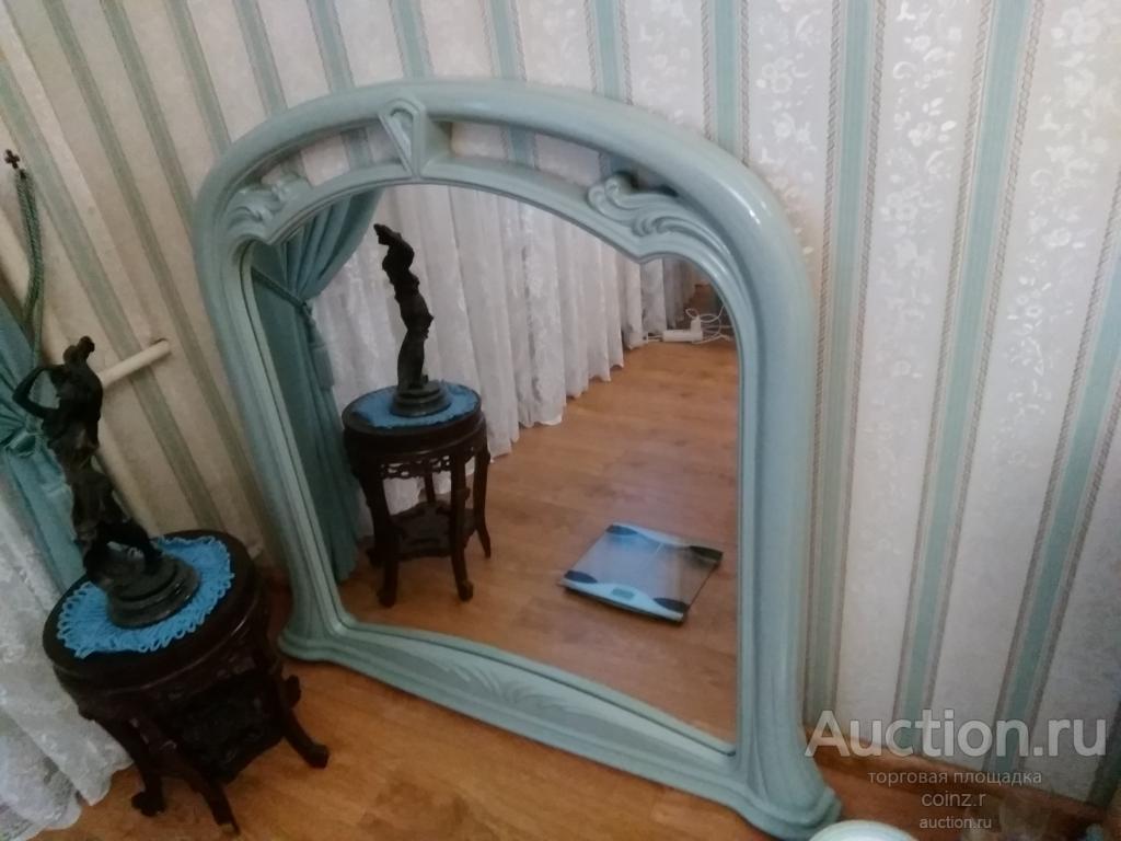 Зеркало, в деревянной раме, Италия 90 на 100 см