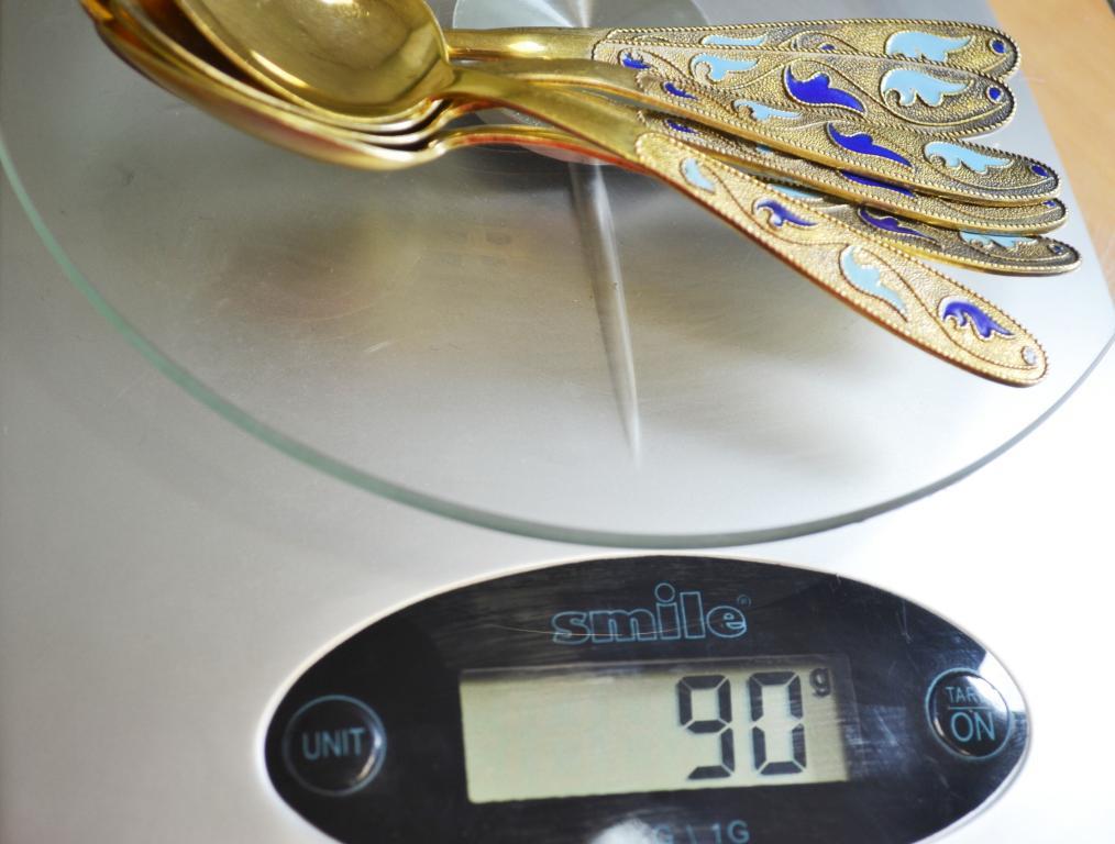 Чайные Ложки. Набор (6 шт). СССР. Гравировка, эмаль, золочение. Серебро 875. Вес 90 гр, длина 11.5см