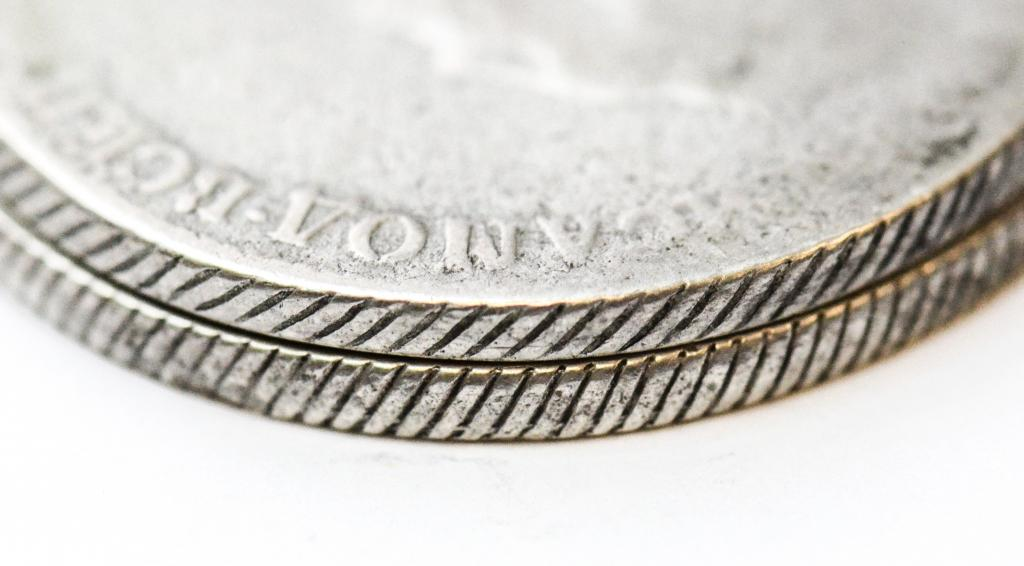 2 монеты: 1 Рубль 1778 год СПБ-ОЛ. Екатерина II. Редкий! 1 рубль 178? год СПБ-ИЗ. Серебро 46.5 грамм