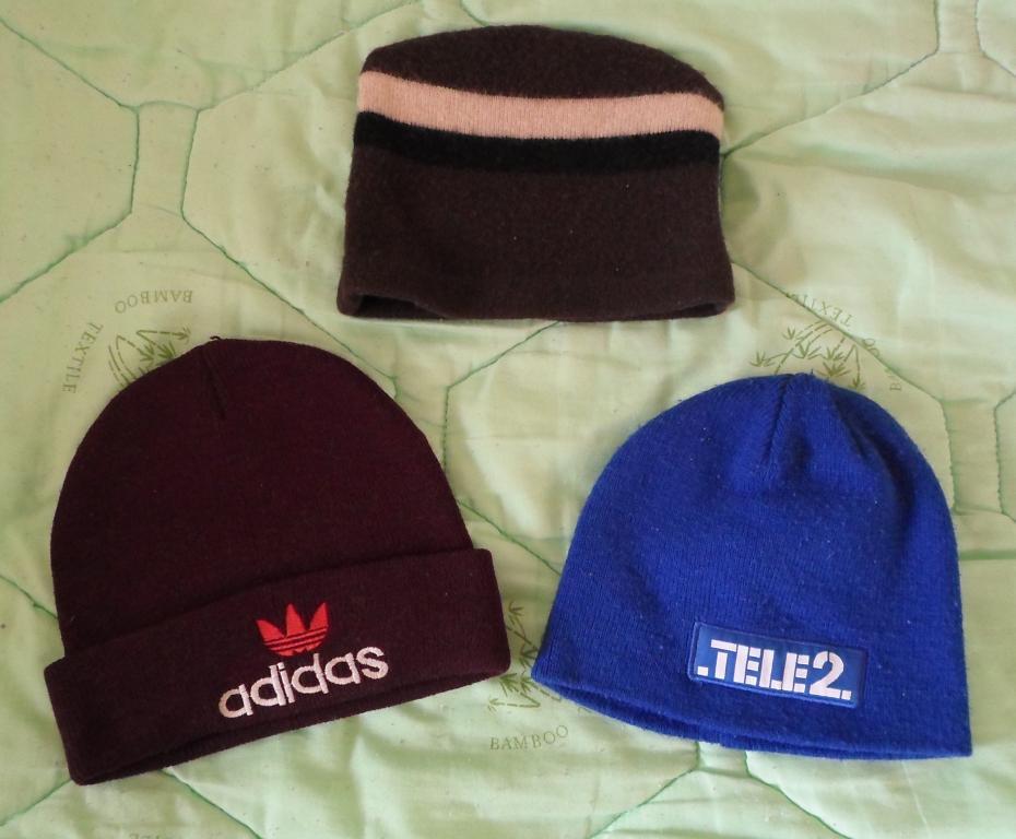 Молодежные спортивные шапочки