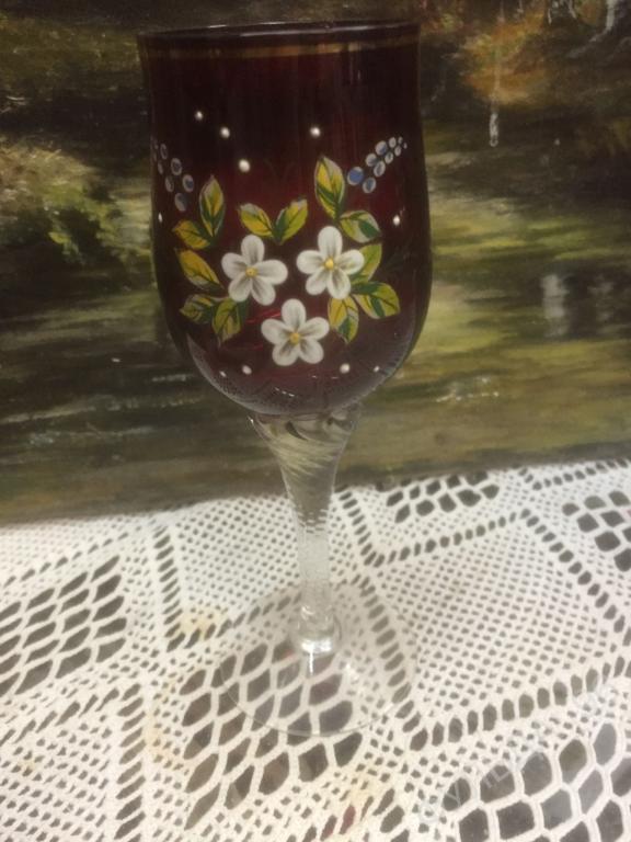 Фужер на ножке Красное Стекло цветы Красивый!