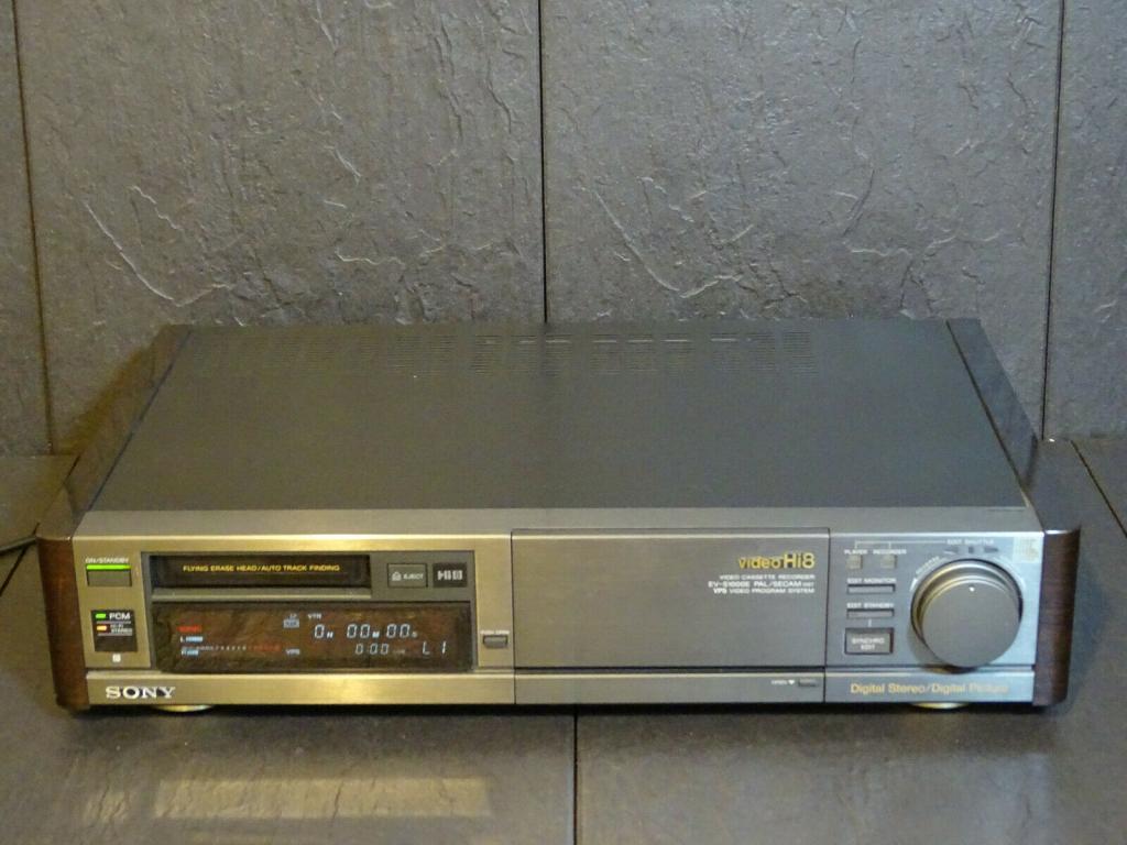 Видео магнитофон sony EV-S1000E HI8