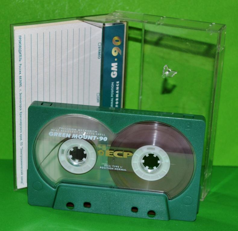 """Кассета Аудио  """"FISH""""  на плёнке  ECP  GM -  90    Лот № М-325"""